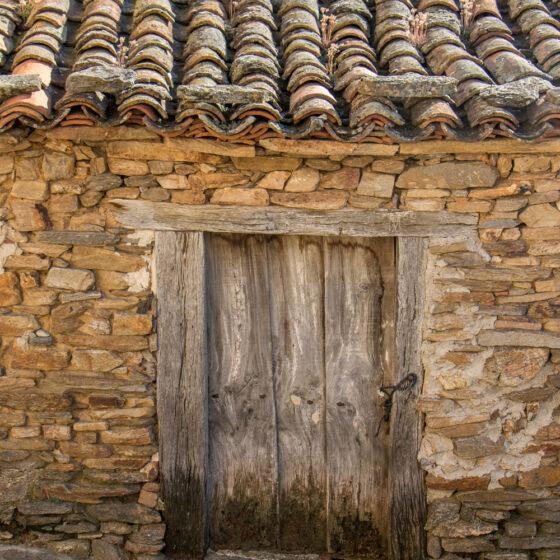 Construcción tradicional, en Paredes de Buitrago